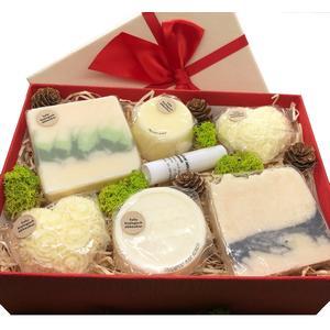 Geschenkbox Zitrone/Kokos groß - verschiedene handgemachte Naturkosmetikartikel aus natürlichen Rohstoffen mit Zitronen- und Kokosduft