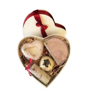Muttertagsherz Rose groß - verschiedene handgemachte Naturkosmetikartikel aus natürlichen Rohstoffen mit Rosenduft
