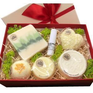 Geschenkbox Zitrone mittel - verschiedene handgemachte Naturkosmetikartikel aus natürlichen Rohstoffen mit Zitronenduft