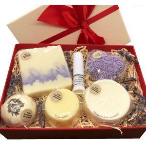 Geschenkbox Lavendel mittel - verschiedene handgemachte Naturkosmetikartikel aus natürlichen Rohstoffen mit Lavendelduft