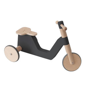 Sebra Dreirad Scooter Black