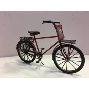 Antike Deko, Deko Fahrrad mit Korb aus Metall rot und Bilderhalter.
