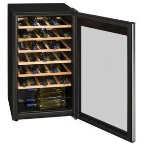 Exquisit Weinkühlschrank Isolierglastür WS 134-3EA