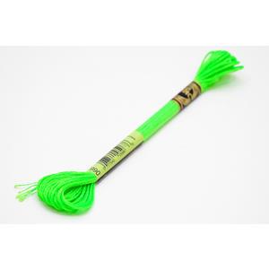 Dmc Mouliné Light Effects E990 neon grünes Stickgarn - Garn Sticktwist neongrün Effektgarn Nähgarn Polyestergarn Neongarn Nähfaden Nähzwirn