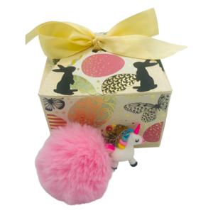 Ostergeschenk für Mädchen, Schlüsselanhänger Einhorn in Geschenkbox mit Ostermotiv, Geschenk zu Ostern, rosa