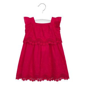 Kleid bestickt