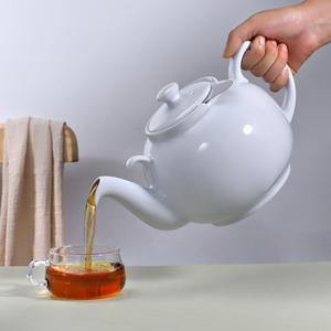 Urban Lifestyle Teekanne/Teapot Liverpool Klassisch Englische Form aus Keramik 2 L (Weiß, ohne Filter)