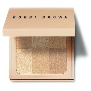 BOBBI BROWN Puder - Nude Finish Illuminating Powder (03 Nude)