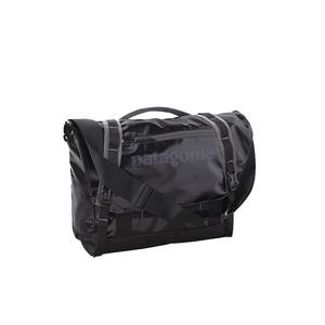 PATAGONIA Schultertasche Black Hole Mini Messenger 12