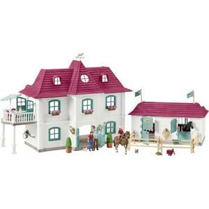 Horse Club - Grosser Pferdehof mit Wohnhaus und Stall