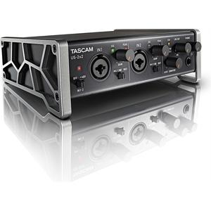 US-2x2, USB Audio/MIDI Interface, 2 in/out, MIDI, USB 2.0