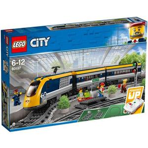 City - Personenzug