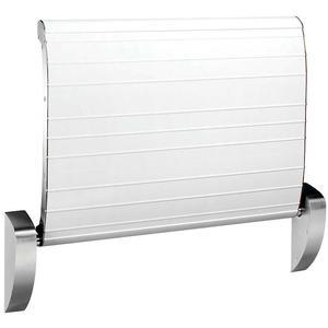 Wandmontierter Sicherheitswickeltisch mit Gurt in elegantem Design von Dan Dryer