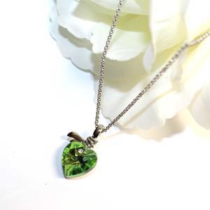 Damen Herz Kette mit hellgrünen Kristall
