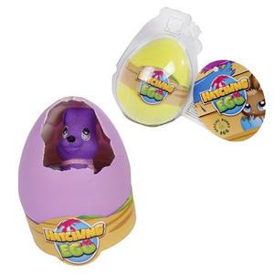 Wachsender Hase im Ei