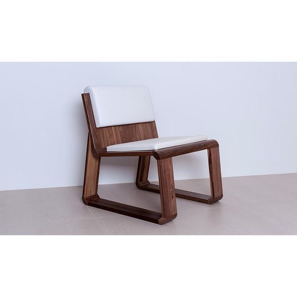 Hochwertiger Designerstuhl 'Homy Chair' zirbe dunkelbrauneauflage
